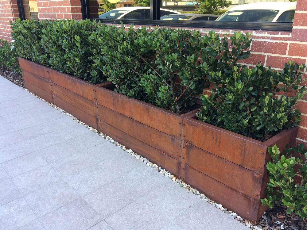 Abilitybox McDonalds Metal Corten Planter Box 2