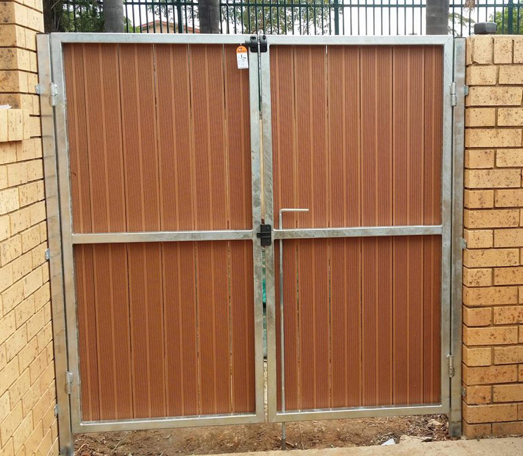 Custom Gates Lalor Park CCC 2