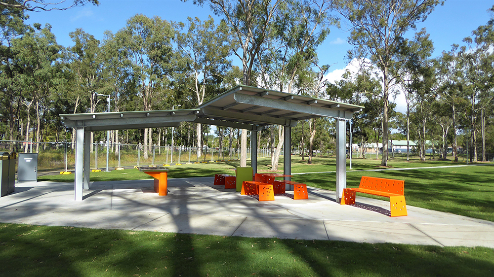 Cantilever Shelter Outdoor 1