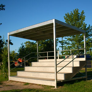 Moodie Bleacher Grandstand 5 Tier With Cover Moodie