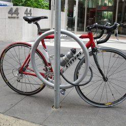 11601 O-Ring-Pole-Mounted-Bike-Rail-2-