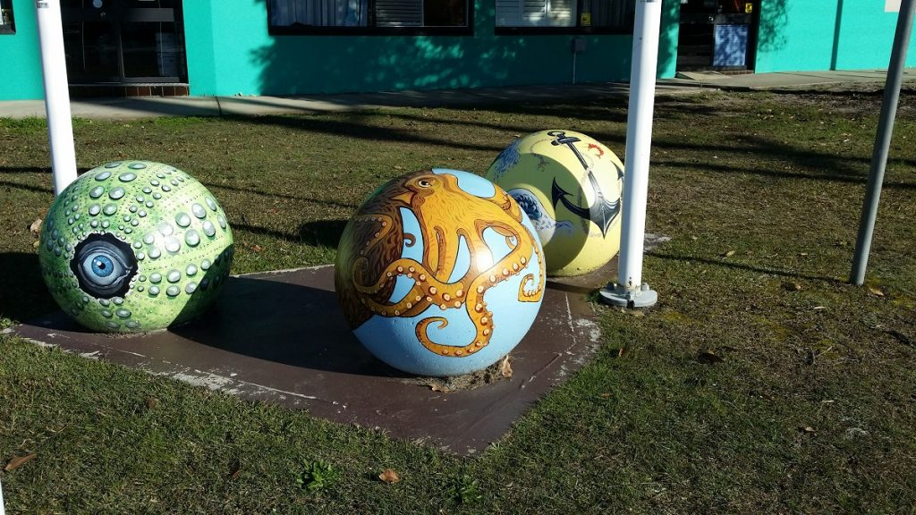 13000-bollards-750-site-painted-sphere-1