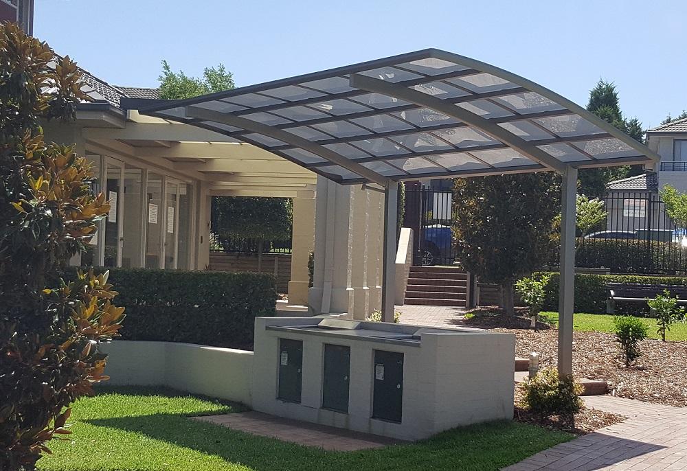Simple Decks Backyard